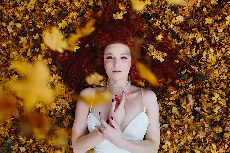 falling leaves autumn bride